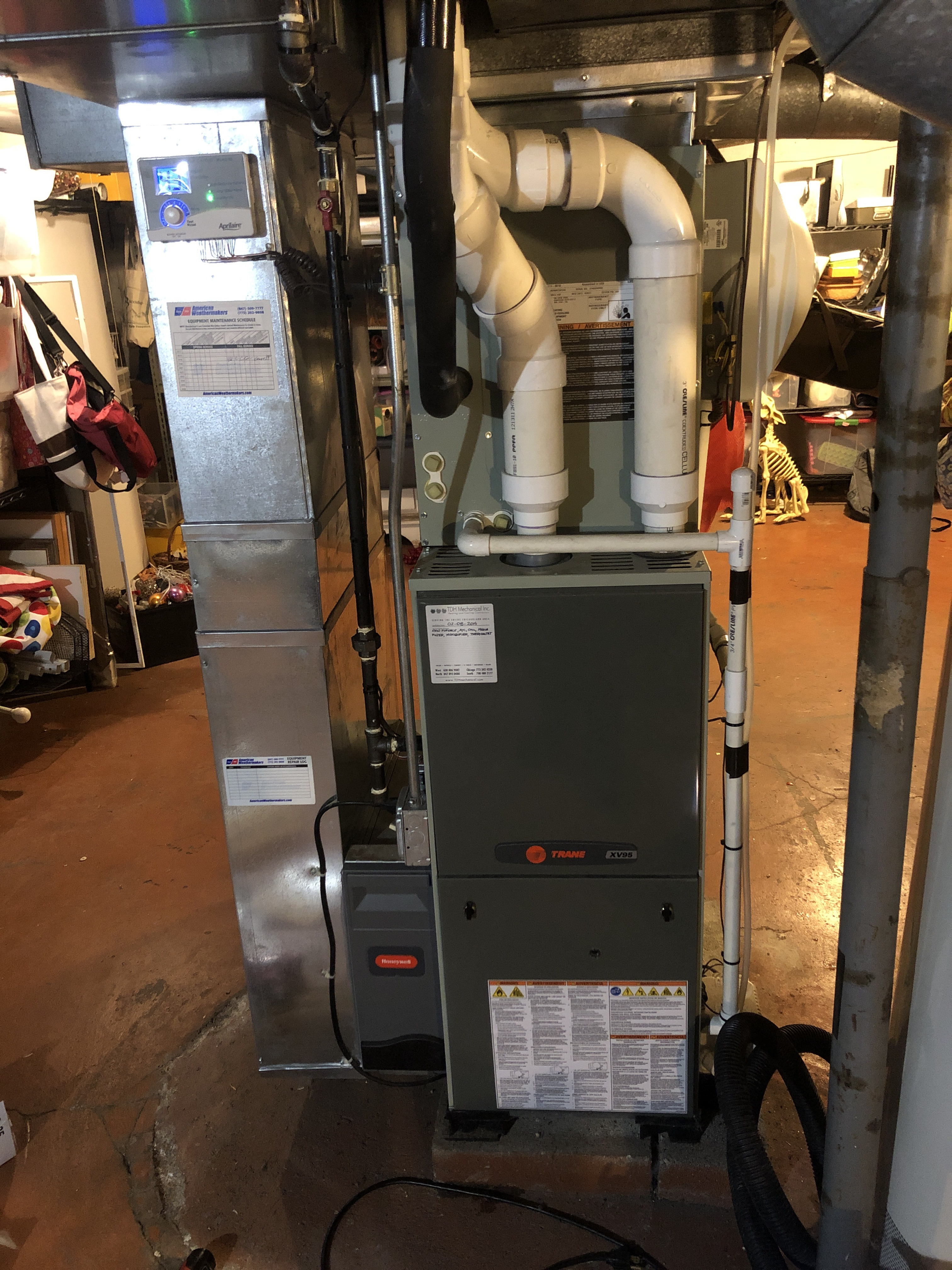 Provided new club customer with annual preventative maintenance on 2 furnaces and 2 humidifiers and took measures to ensure the equipment has a lasting life expectancy.