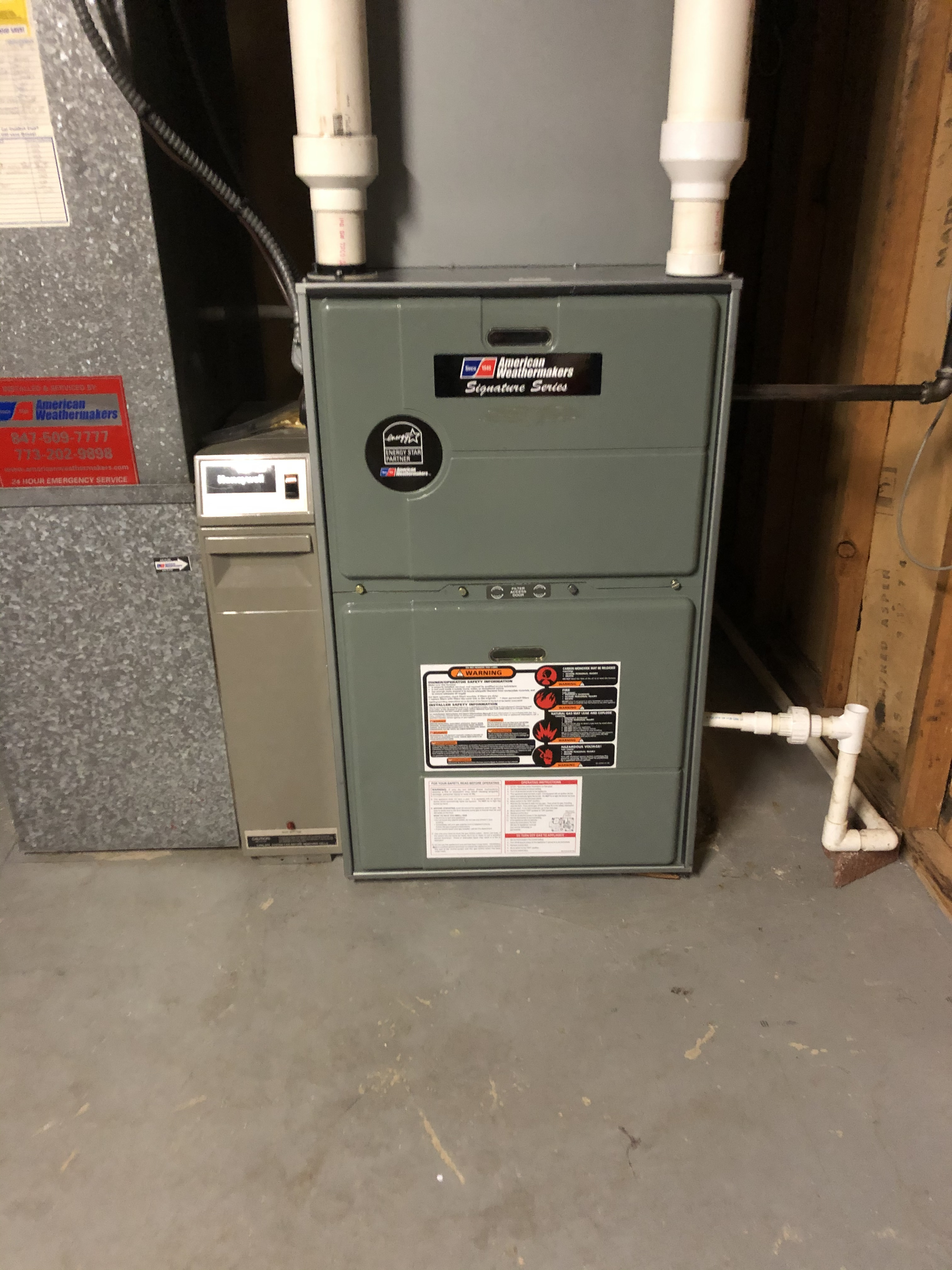 Make sure your Ruud furnace is running nice for the winter. Call American Weathermakers to schedule a maintenance today.