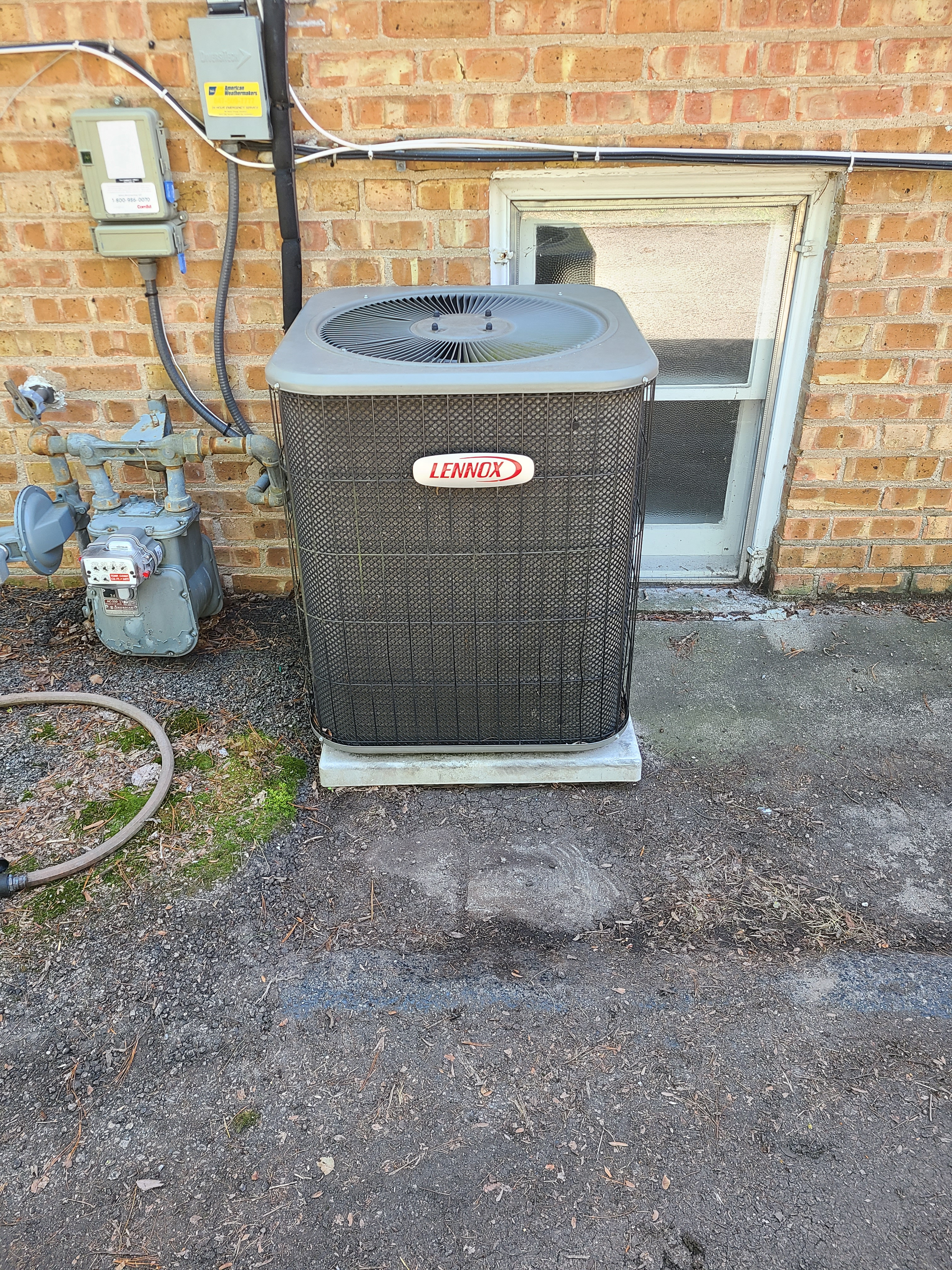 Don't worry about your Lennox AC this summer and call American Weathermakers today.