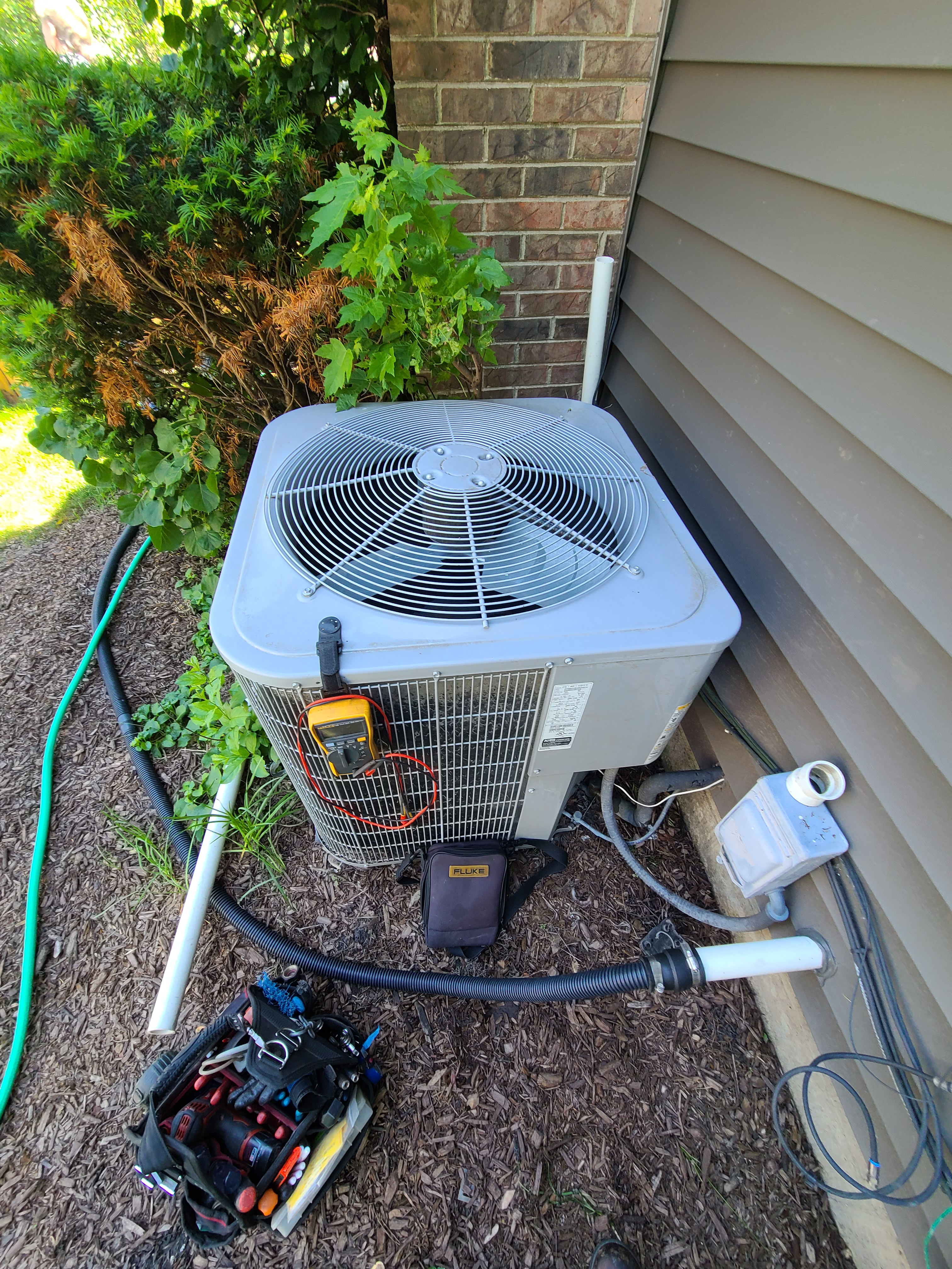 Carrier air conditioning system cleaned and checked. Ready for summer!
