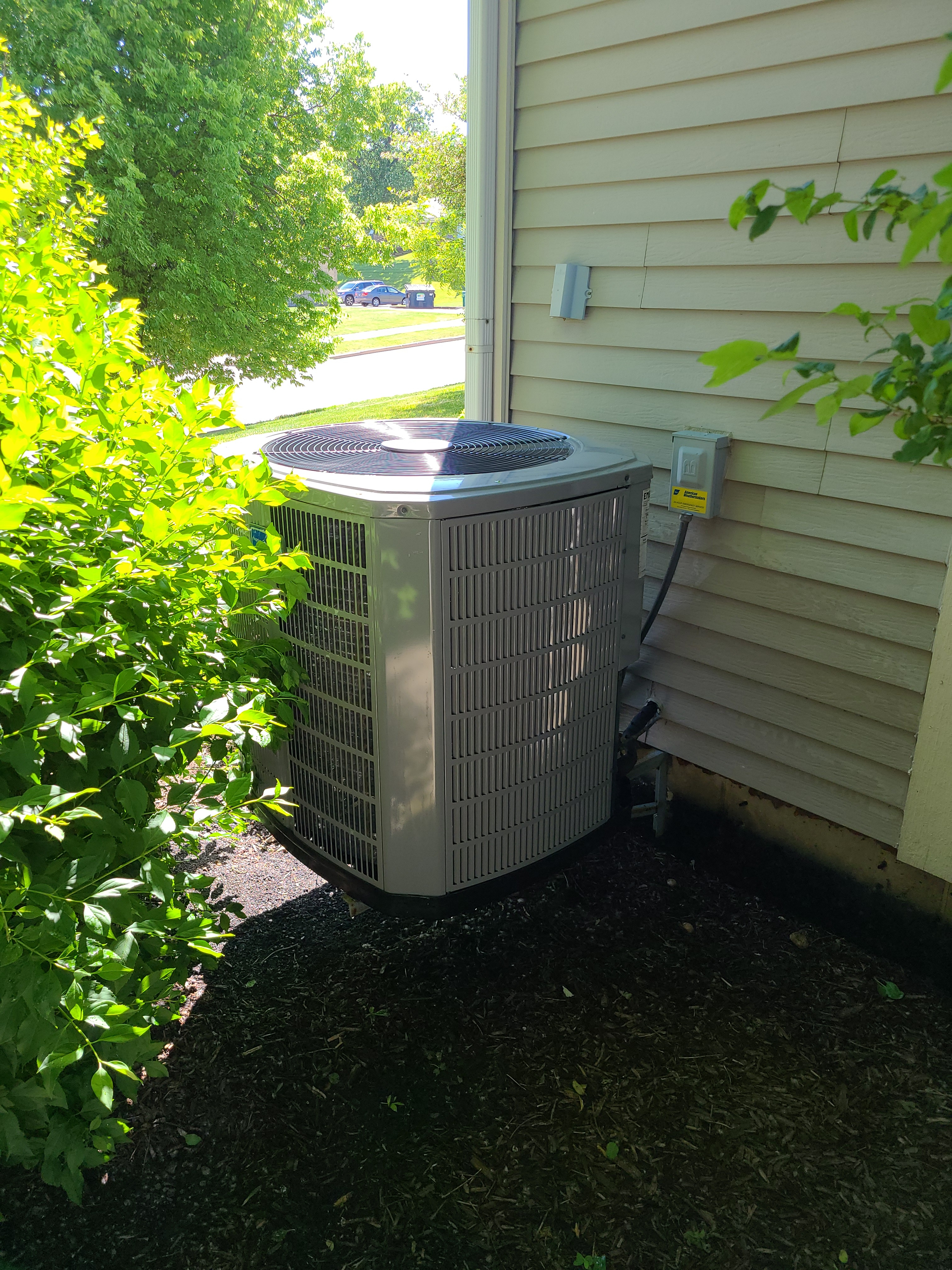 Have confidence that your American Standard will keep you cool this summer and schedule a maintenance with American Weathermakers today.
