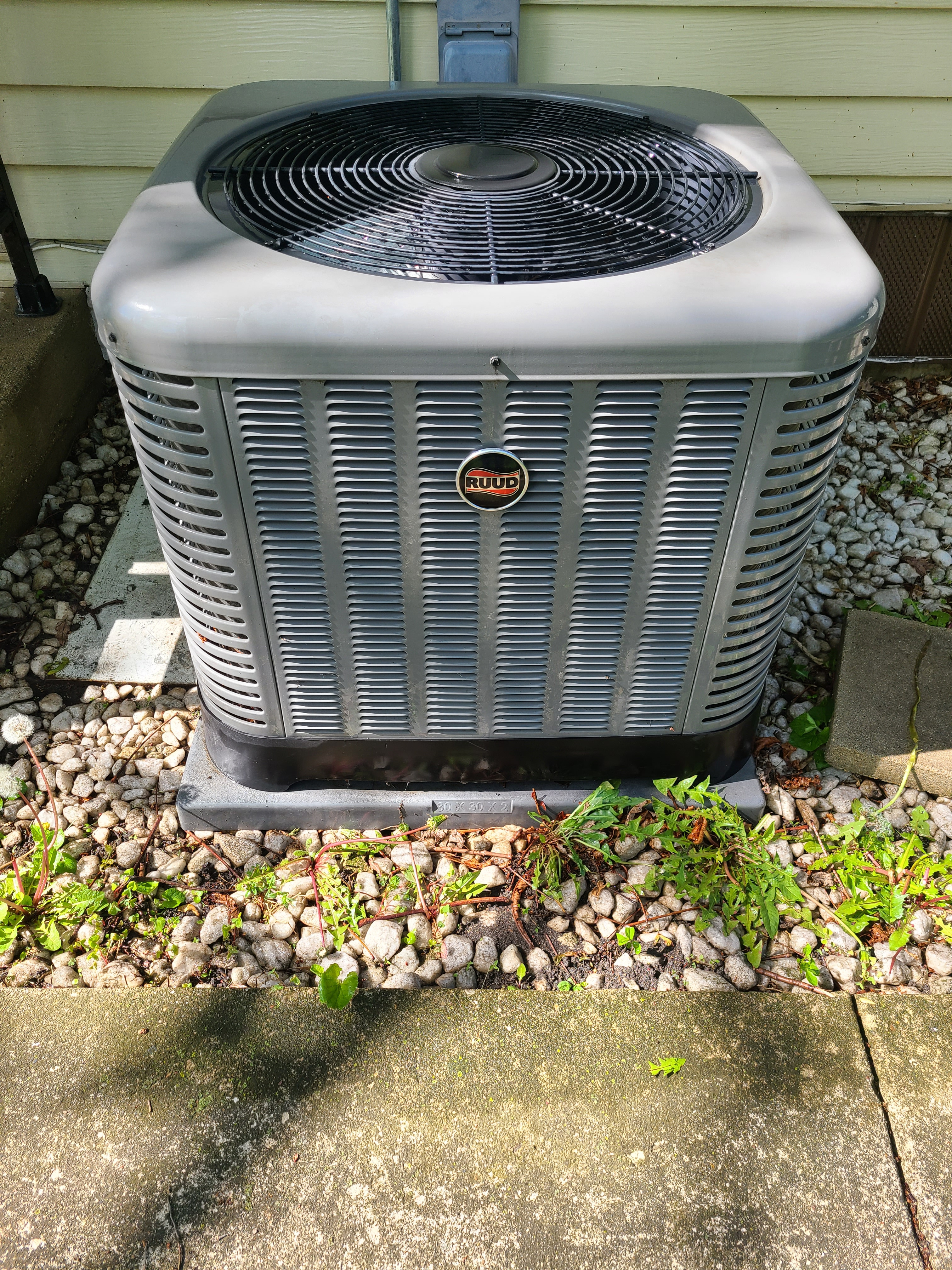 AC tuneup on a Ruud air conditioner for Comfort Club member.