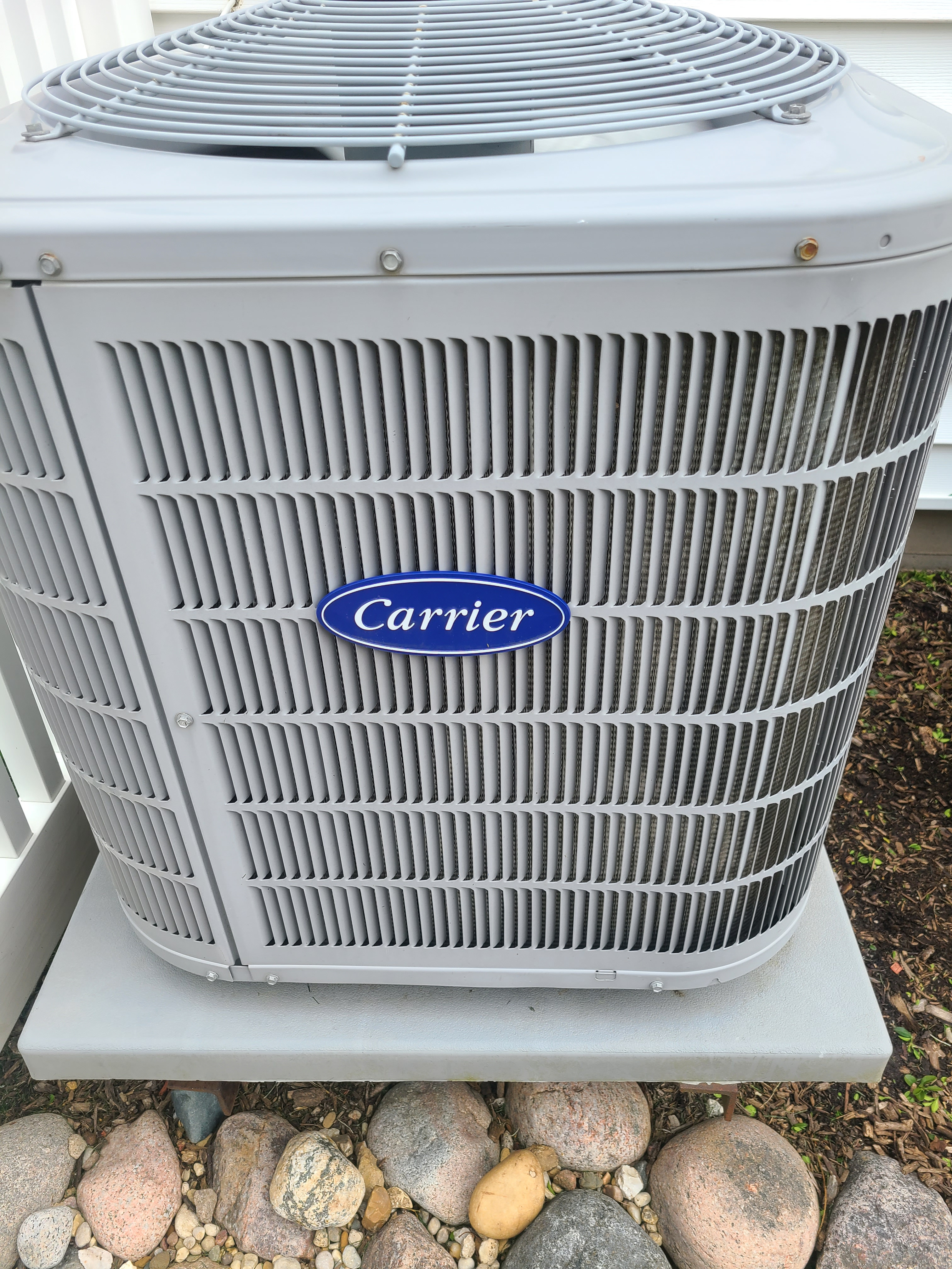 Carrier air conditioning maintenance for Comfort Club member.