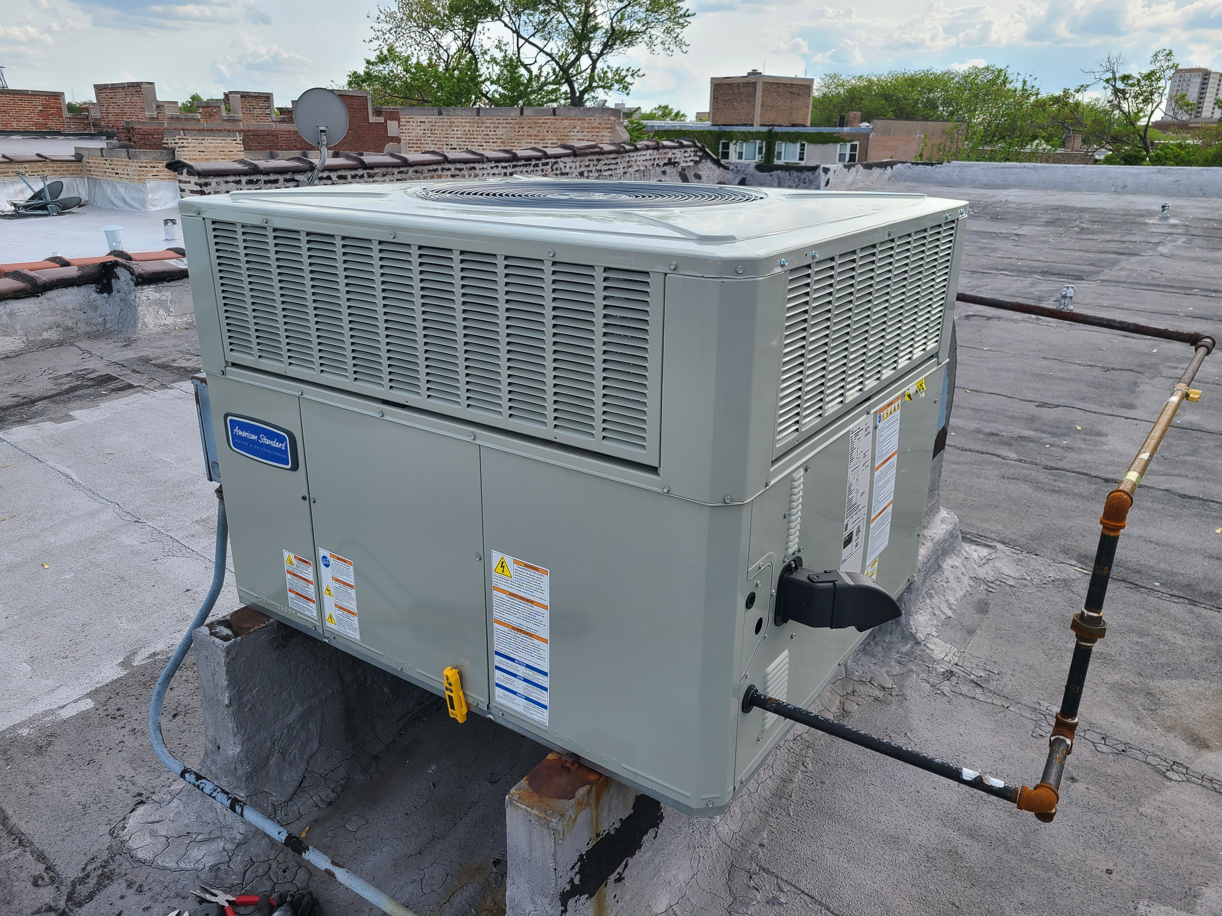 New American standard rooftop ac system started up and tuned for optimum performance.