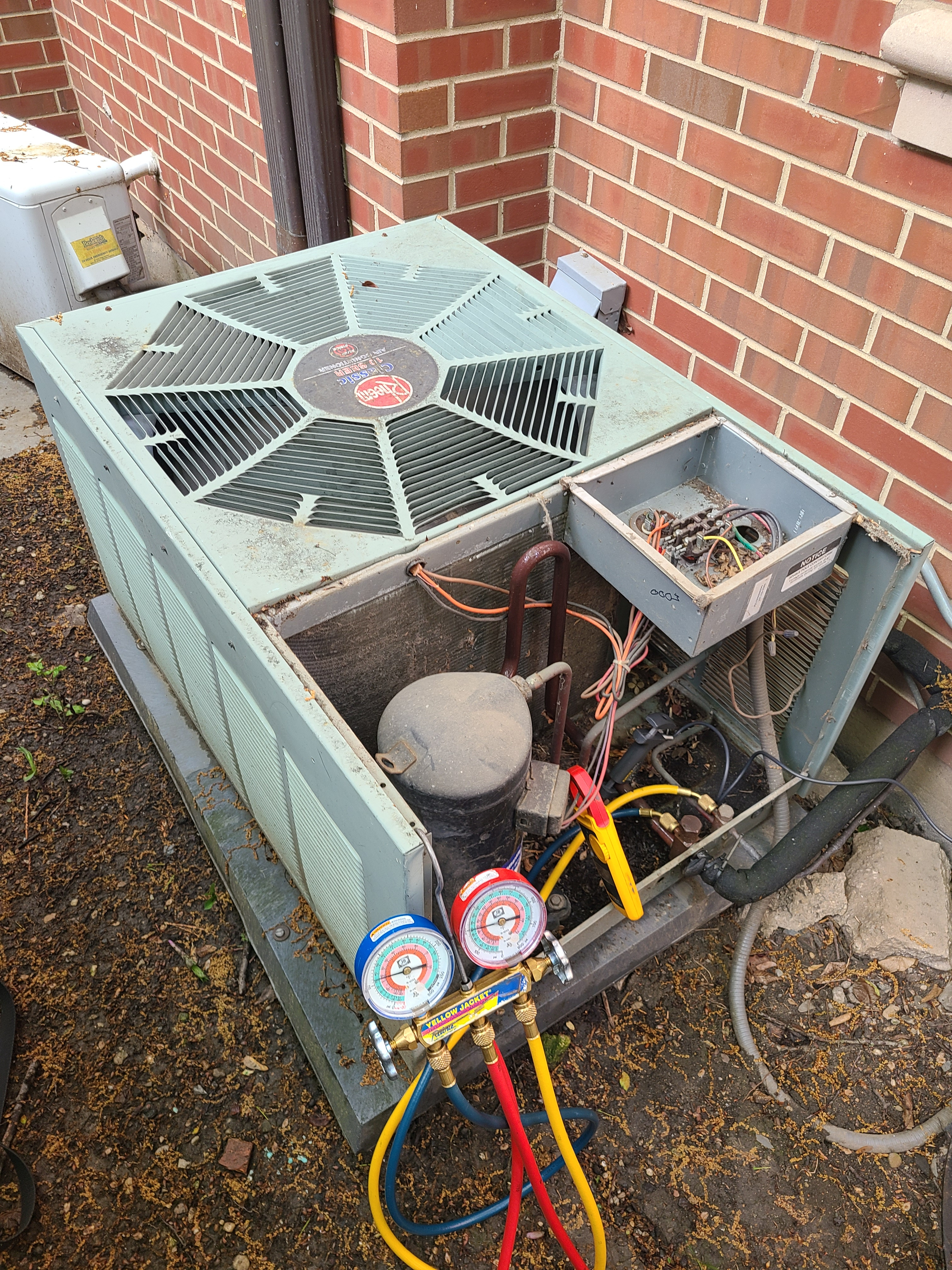 Rheem spring ac tune up. System cleaned and checked and ready for summer