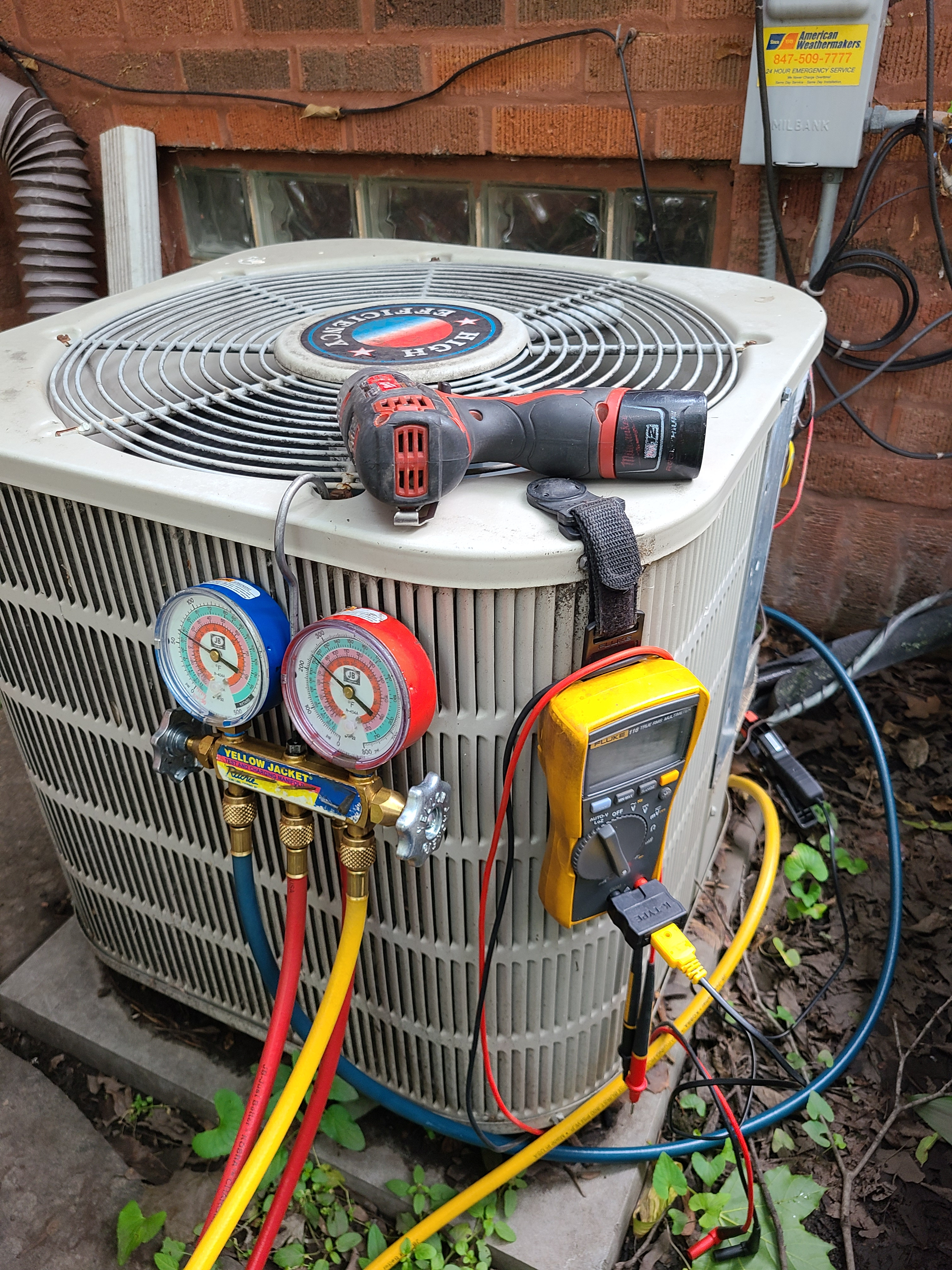 Frigidaire summer ac clean and check. System tuned up and ready for summer.