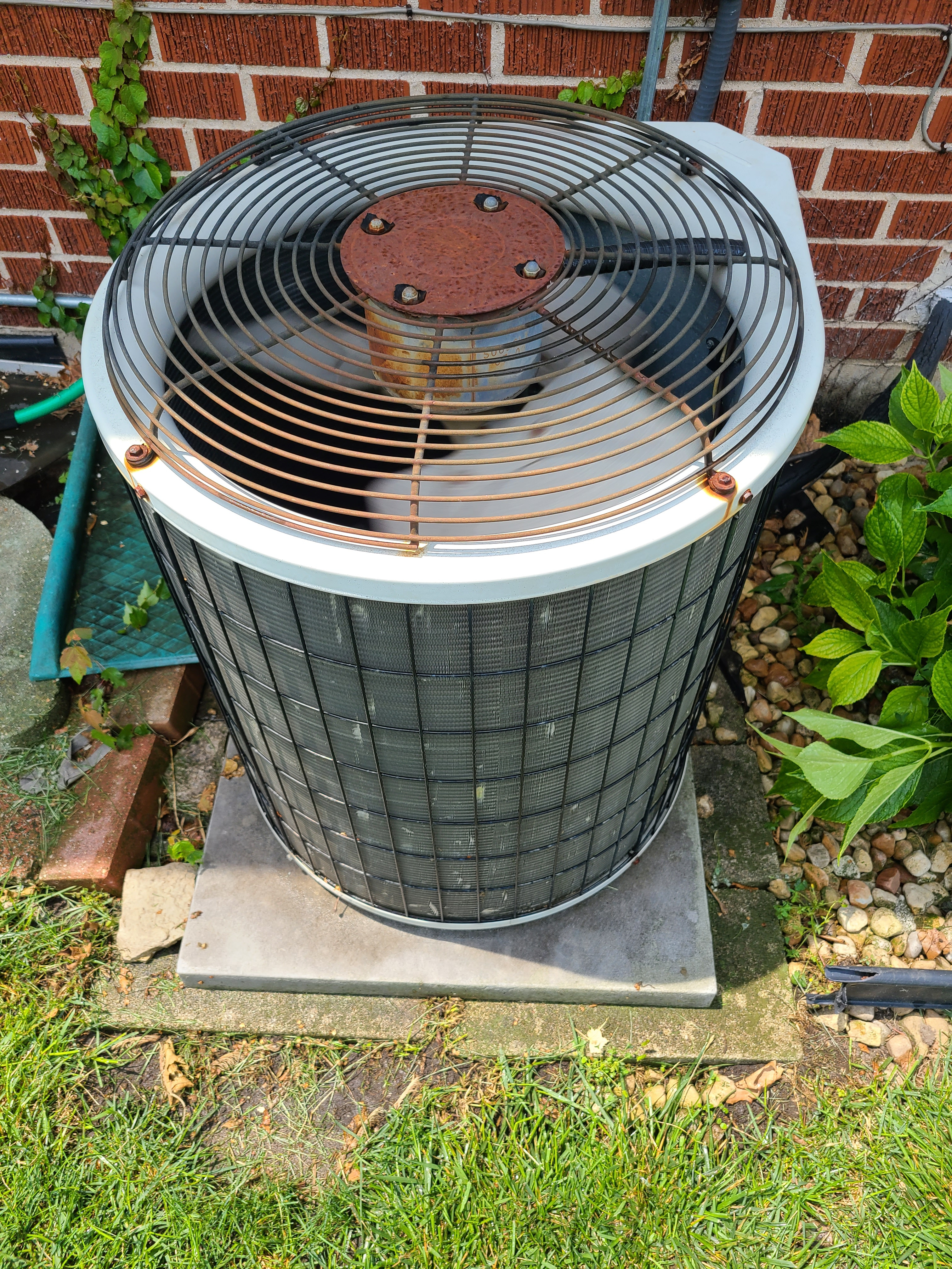 Payne air conditioner capacitor replacement.