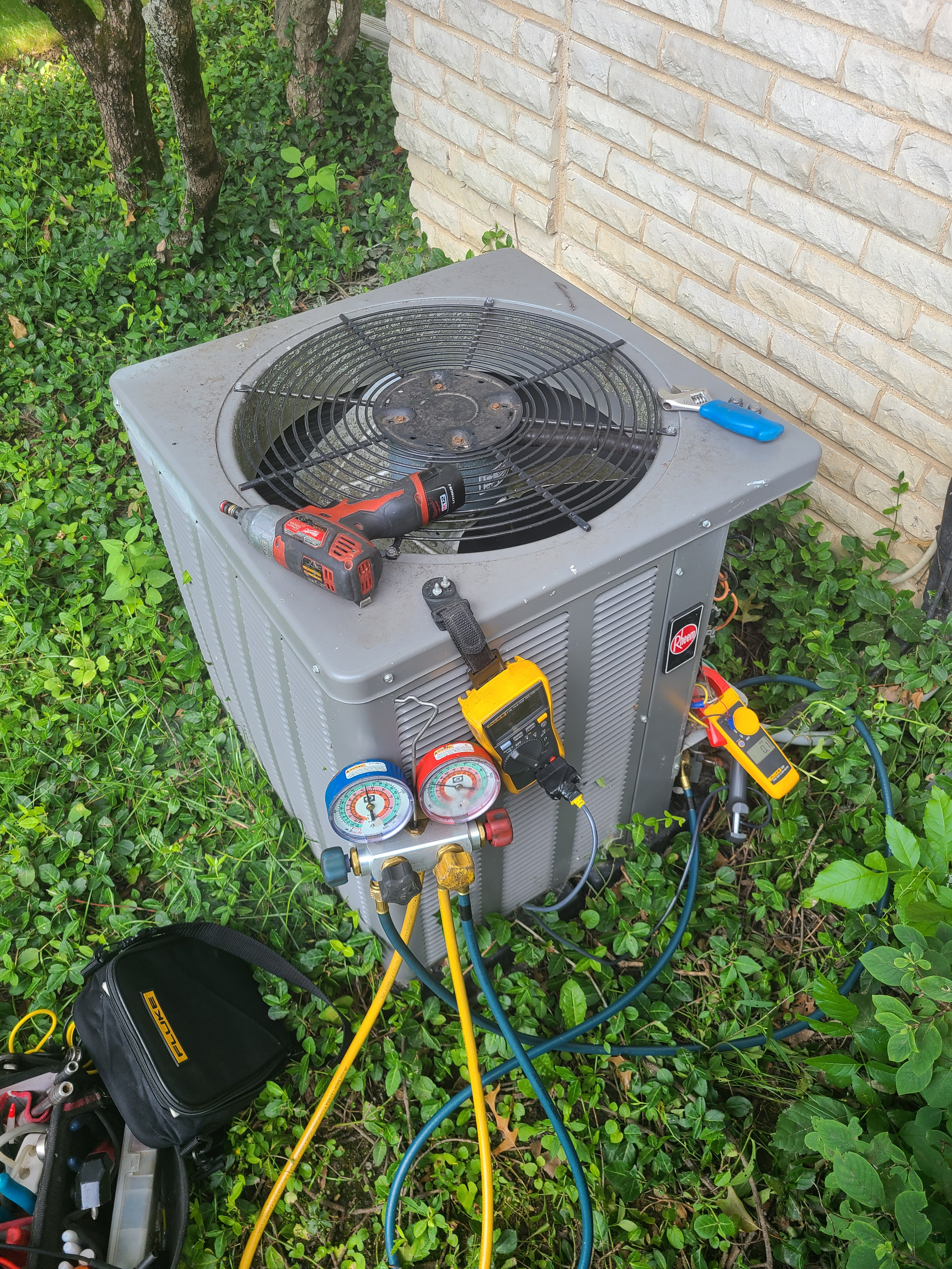 Rheem ac sumer maintenance. System cleaned and checked and ready for summer.