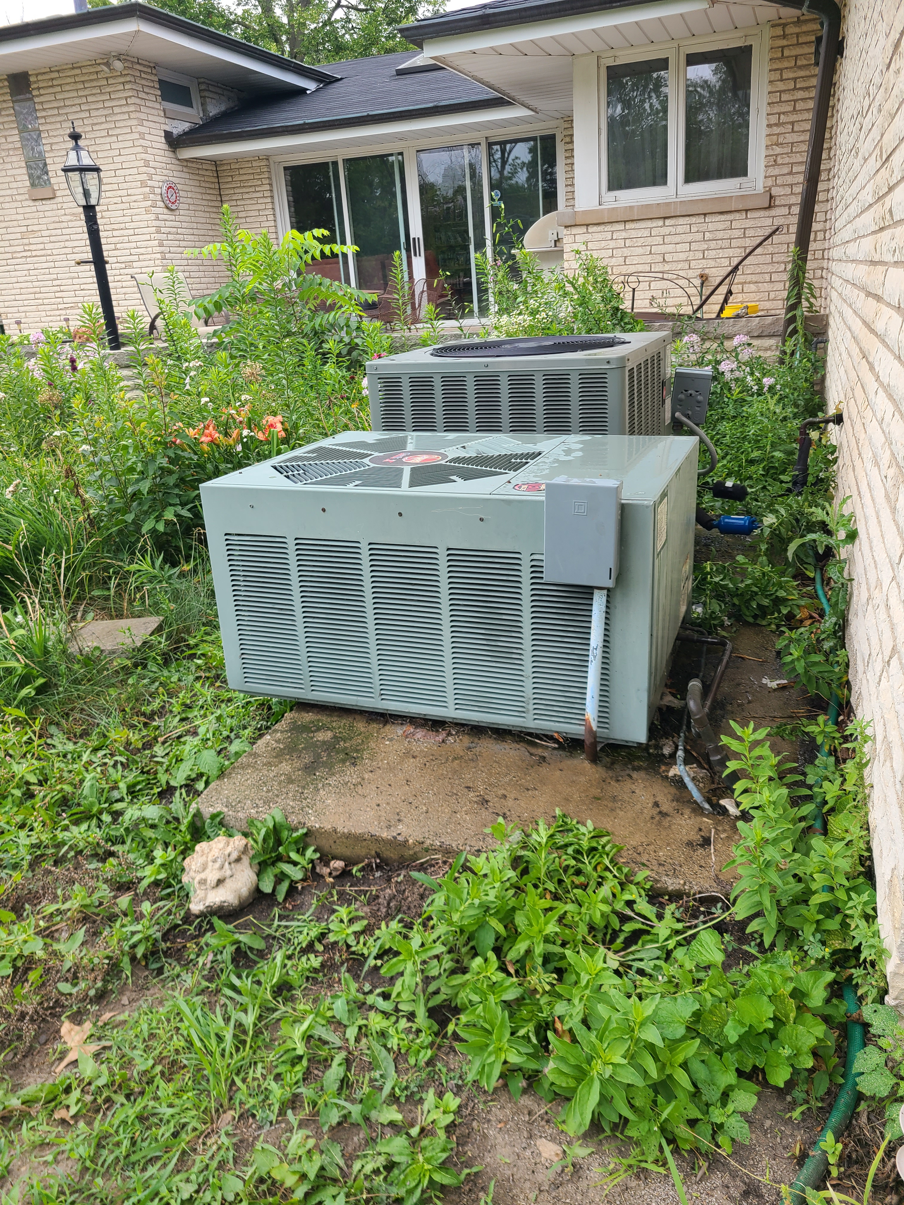 2 RHEEM r22 systems cleaned tested and ready for summer operation