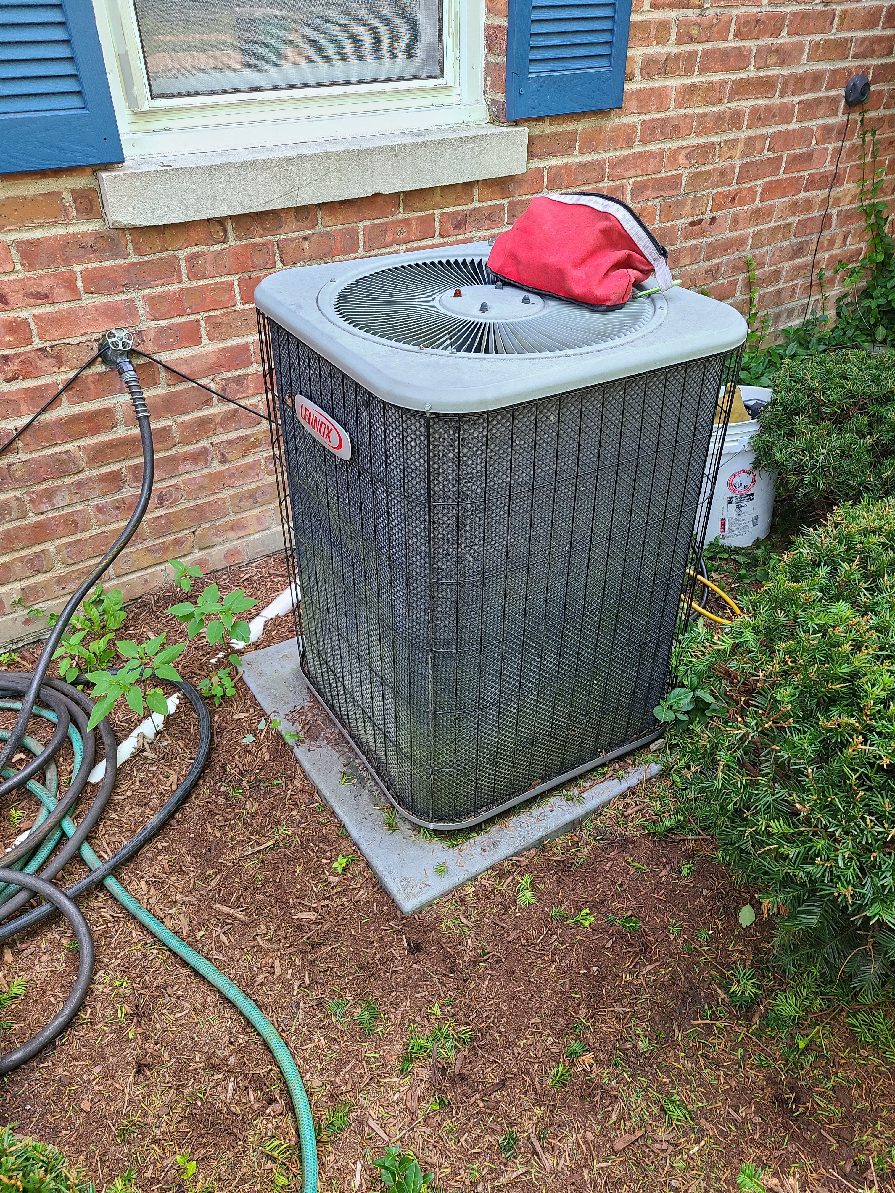 Performed routine maintenance on ac system checked volts amps pressures and Temps system working at this time.  Hvac lennox