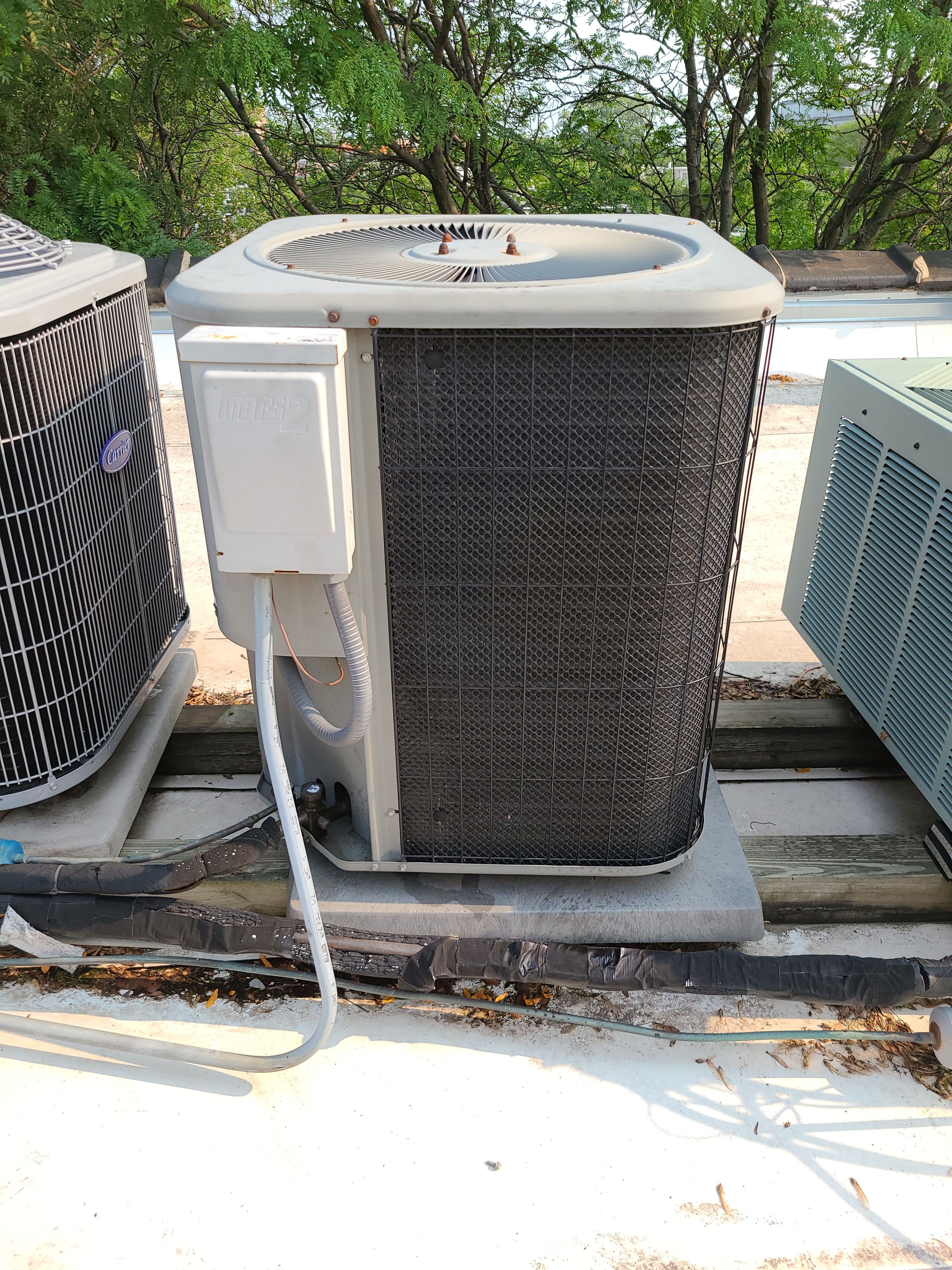 Photo of Lennox condenser after performing CTS
