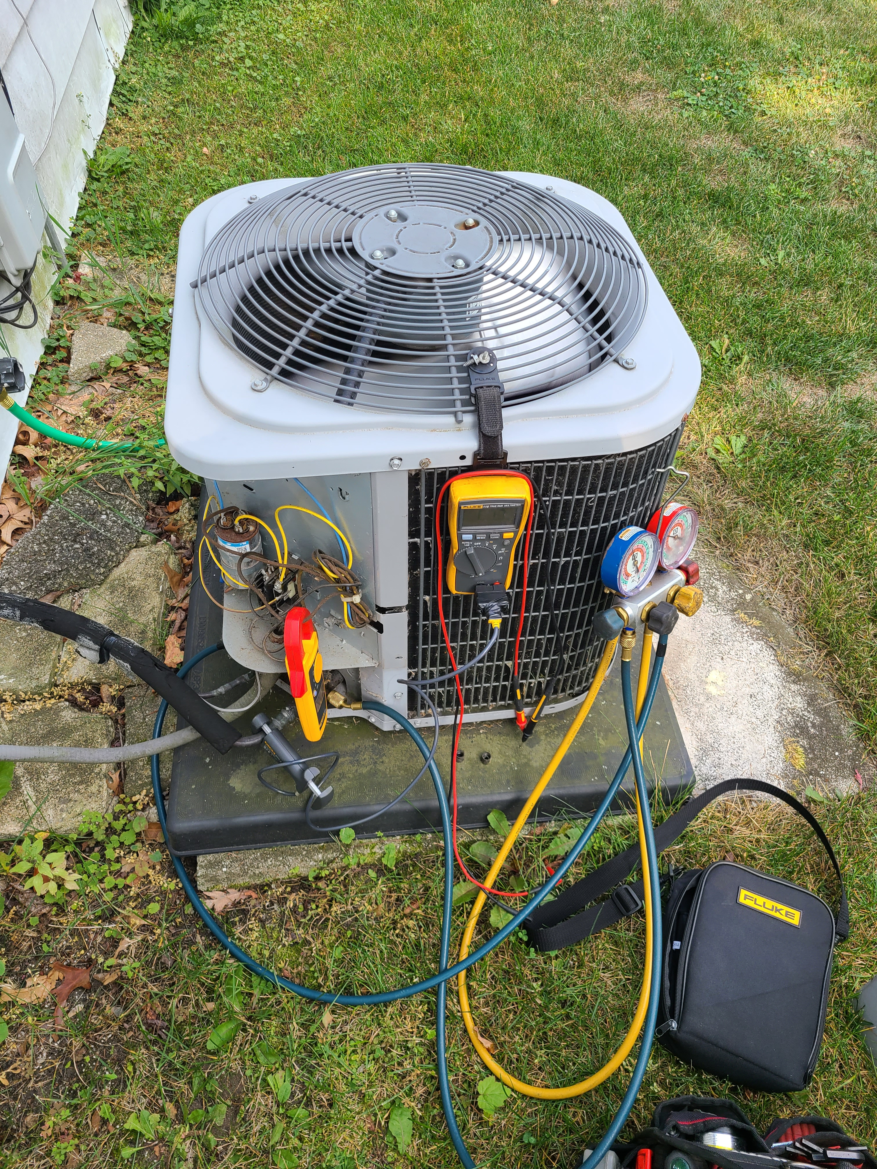 Comfortmaker ac summer tune up and maintenance. System cleaned and checked and ready for summer.