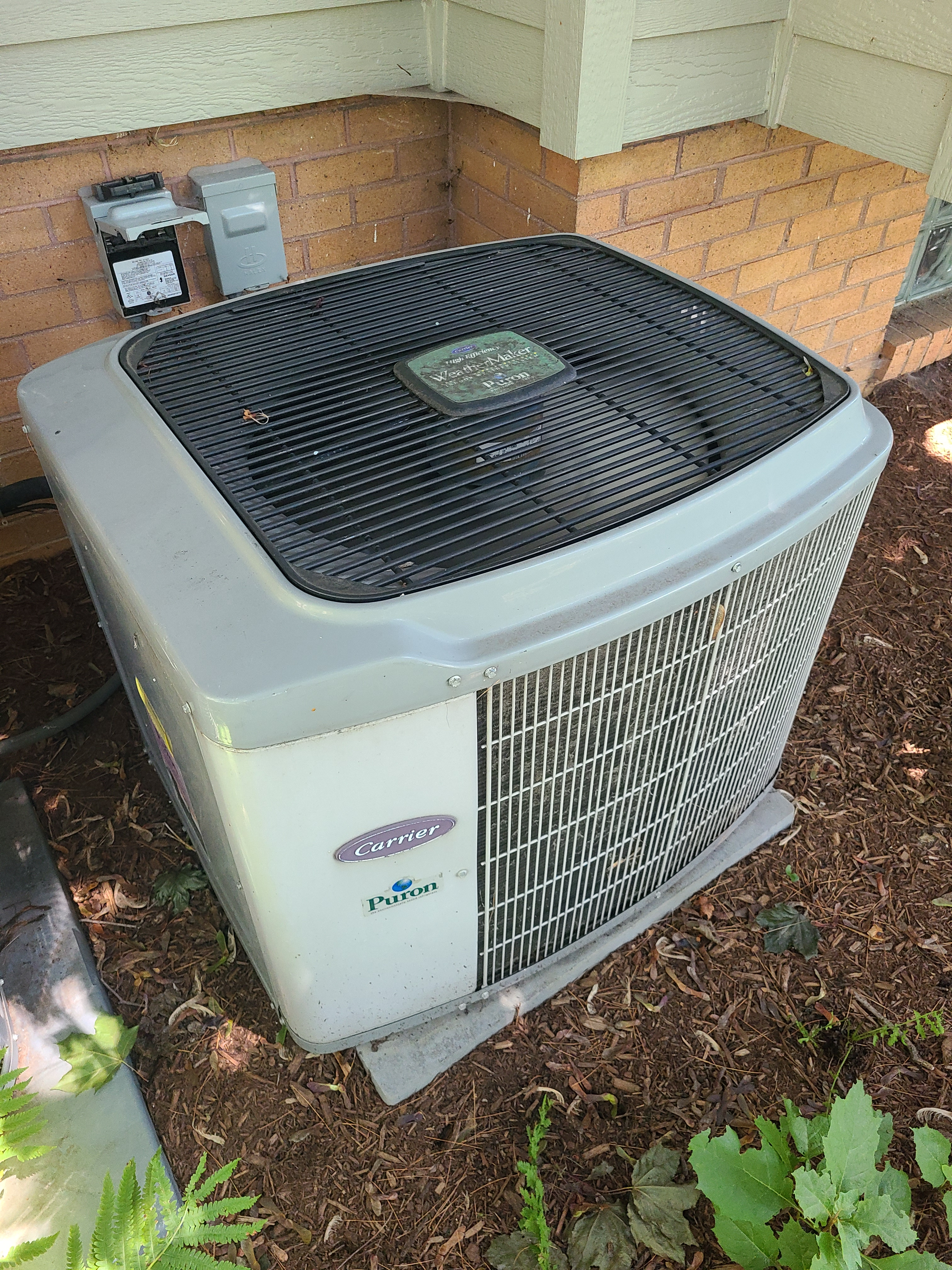 Carrier ac summer tune up. System cleaned and checked and ready for summer.
