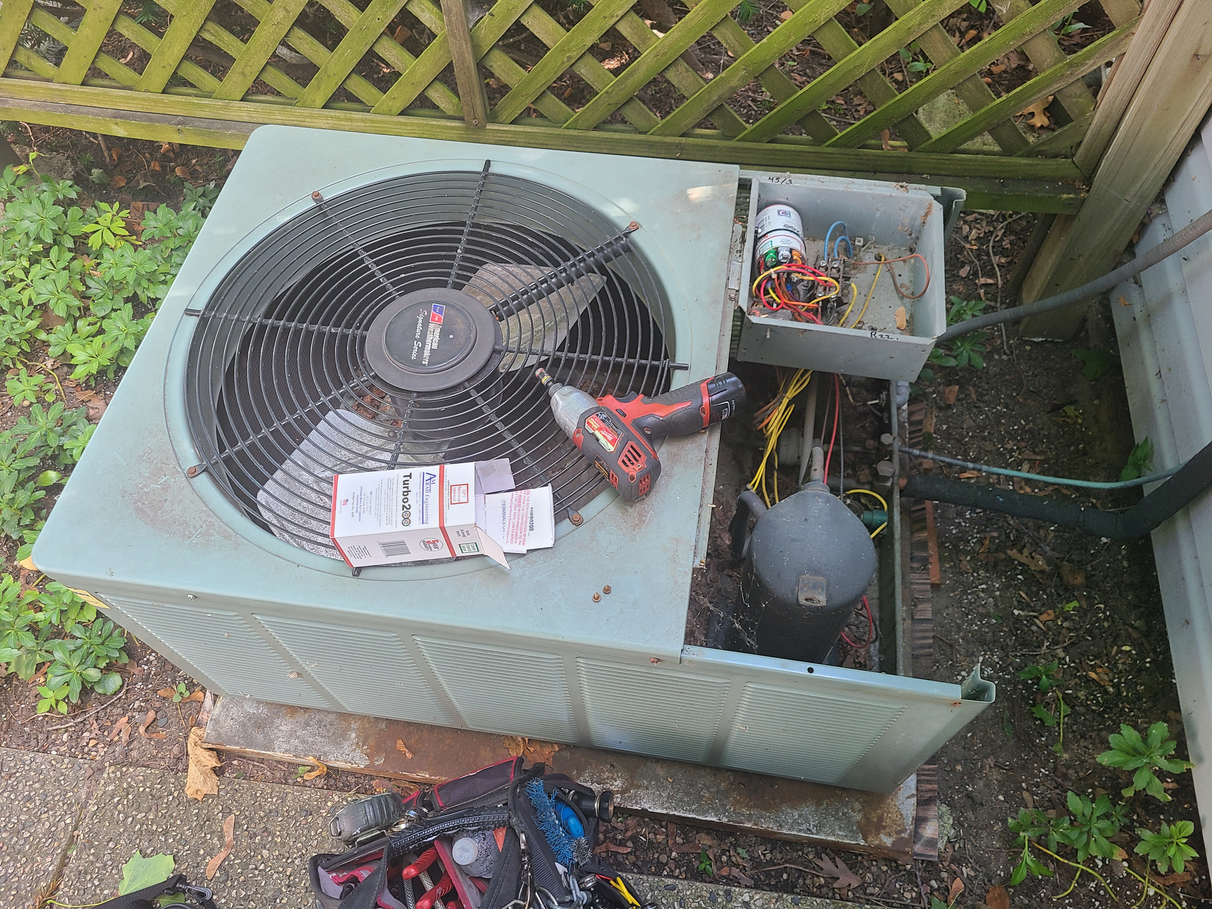 Rheem air conditioning unit no cooling operation diagnosed and repaired, new capacitor.