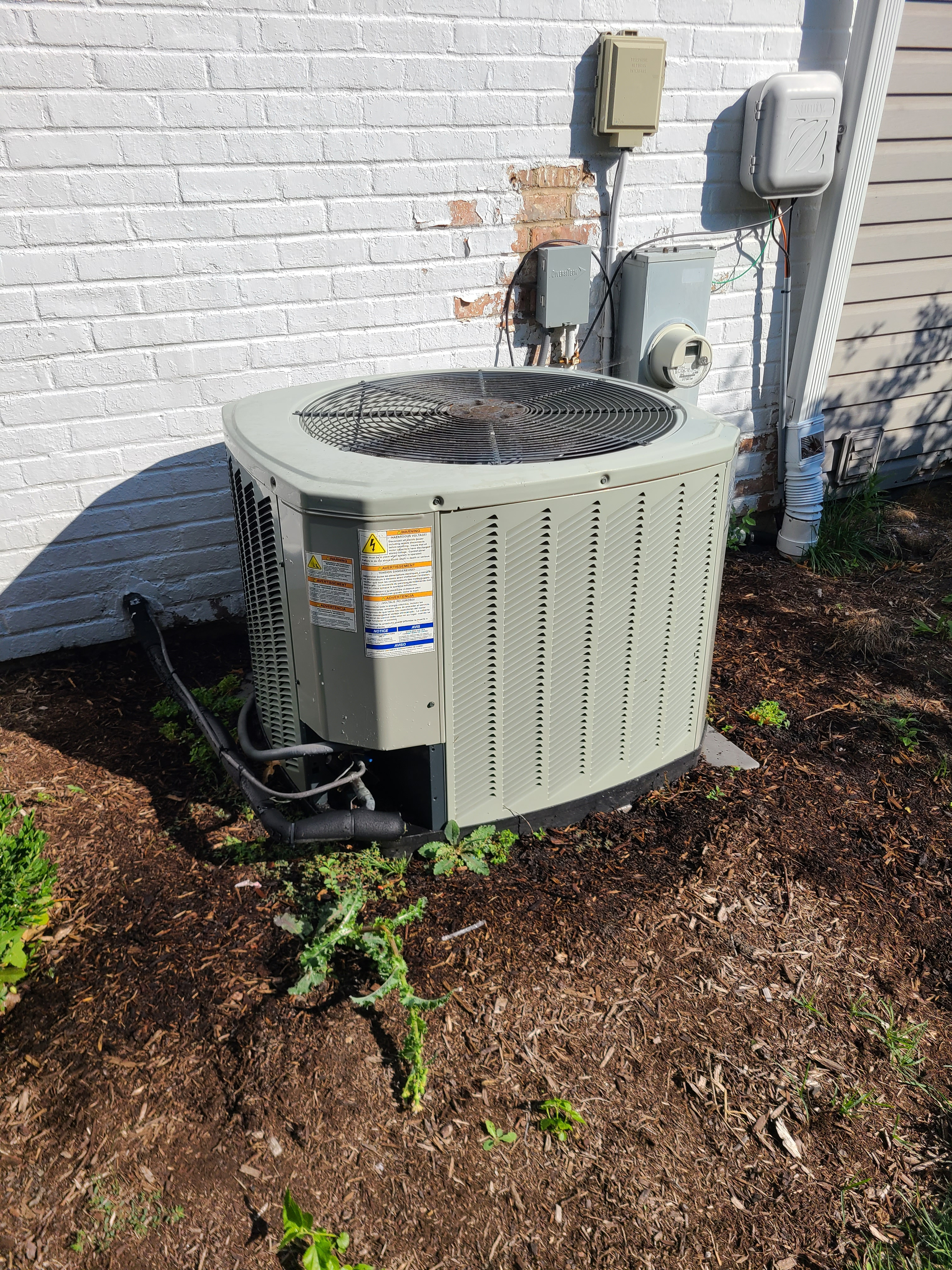 Trane 410a system cleaned tested repairs made